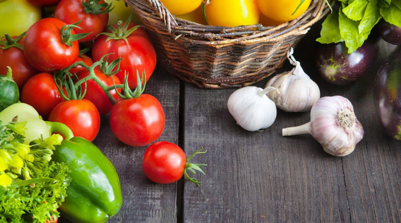 Helpful Tips to Grow Fruits and Vegetables on Your Balcony