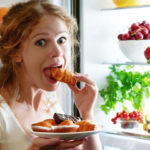 10 Healthy Snacks to Grab after 8 PM